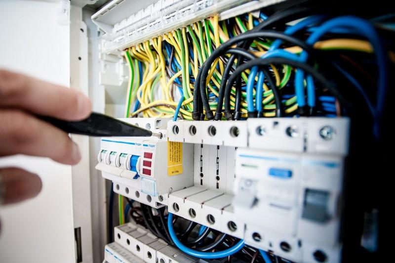 Flammschutz Kunststoffteile Elektronik und Leistungselektrik